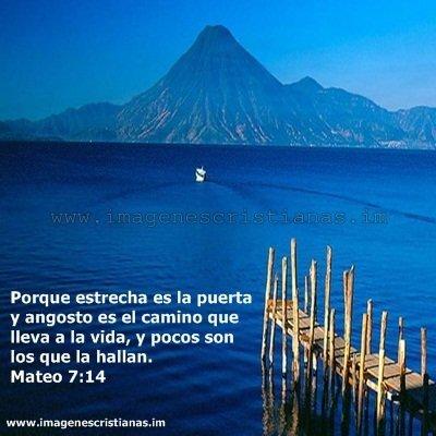 el lago de atitlan guatemala.jpg