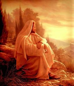Jesús sentado en una roca disfrutando su creación